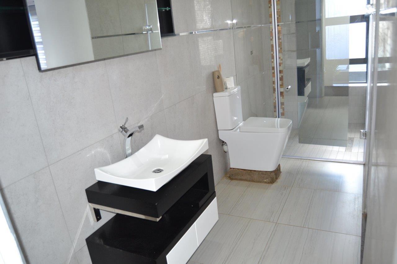 Midstream Hill Estate property for sale. Ref No: 13584239. Picture no 26