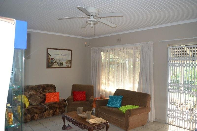 Uvongo for sale property. Ref No: 13229892. Picture no 2