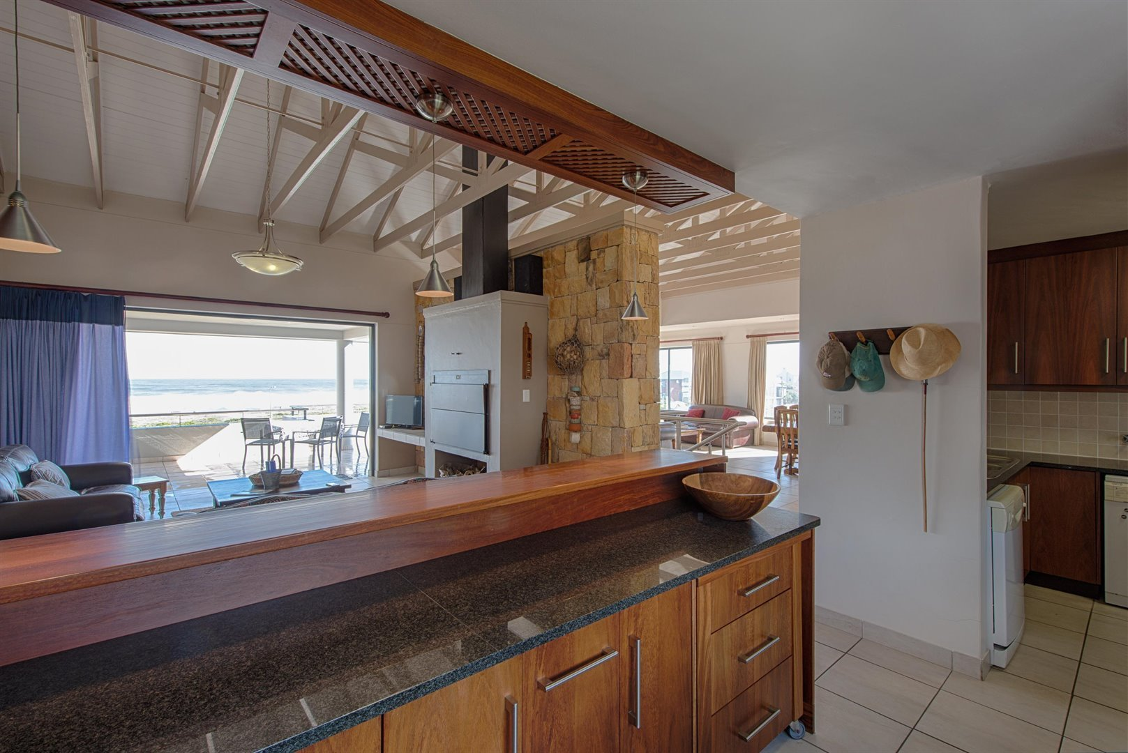 Yzerfontein property for sale. Ref No: 13373287. Picture no 42