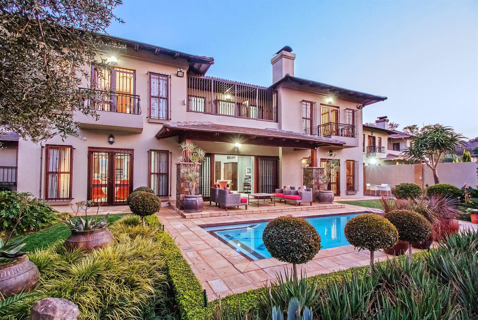 Waterkloof Ridge property for sale. Ref No: 13535230. Picture no 1
