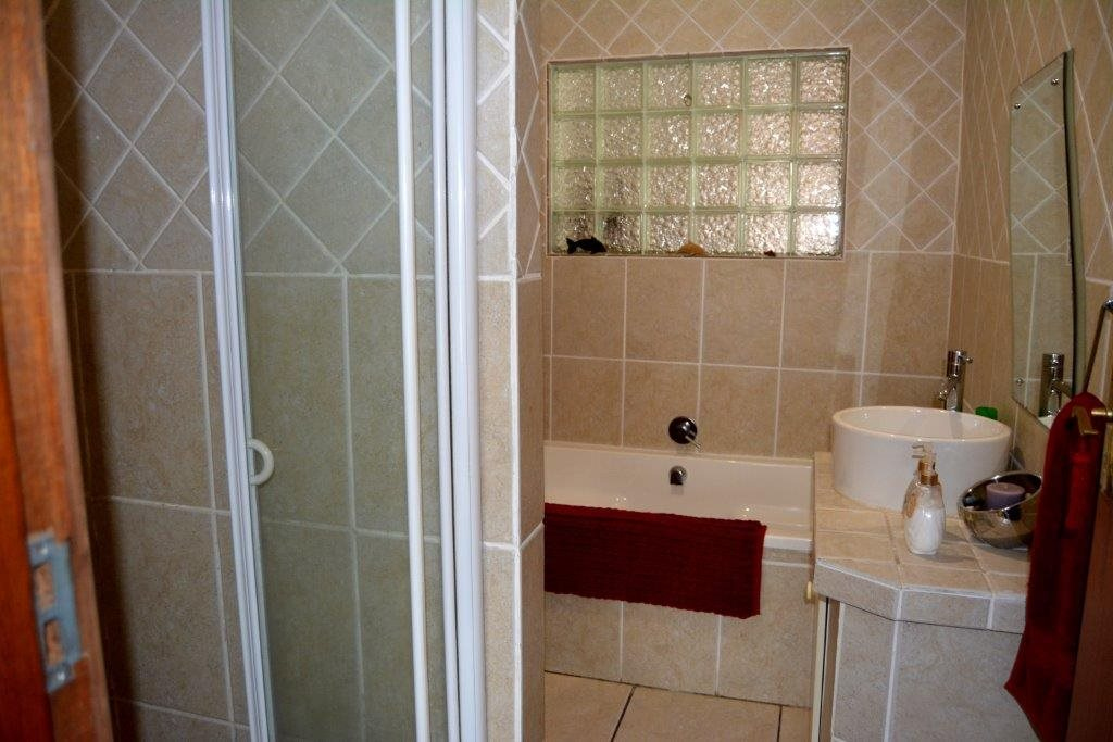 Ramsgate property for sale. Ref No: 13393547. Picture no 25