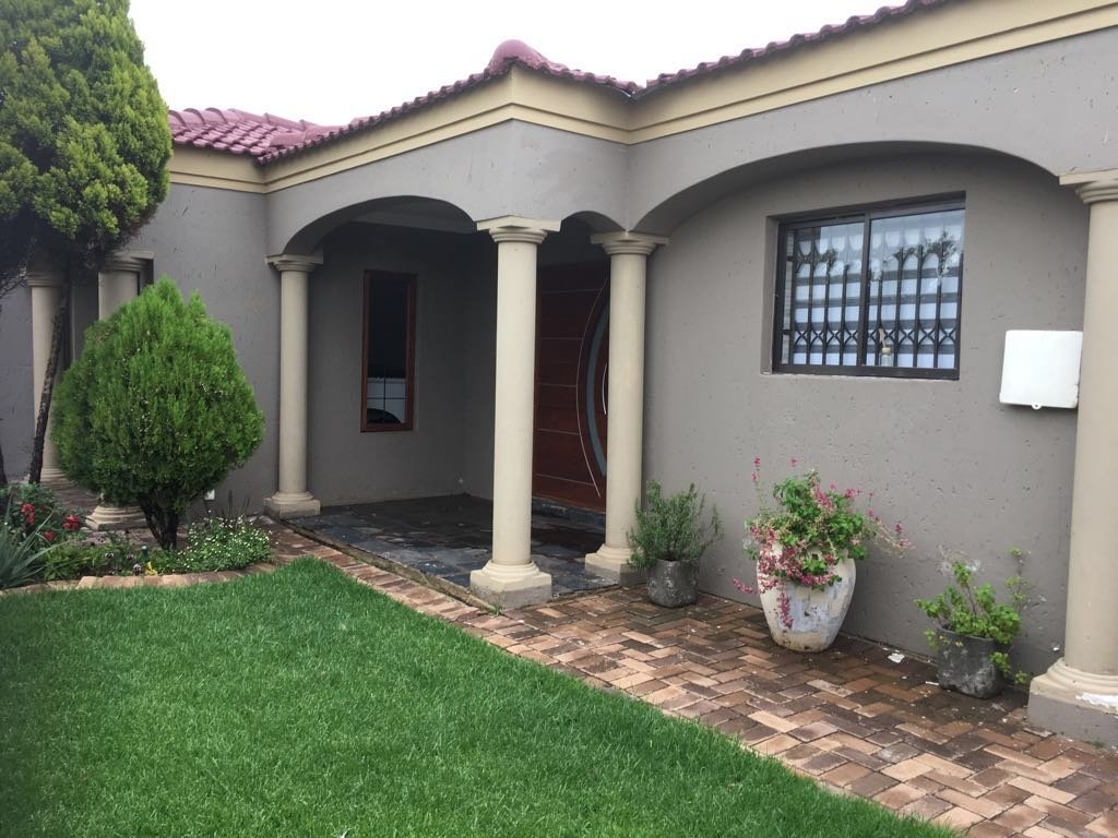 Soweto, Protea Glen Property  | Houses For Sale Protea Glen, Protea Glen, House 2 bedrooms property for sale Price:990,000