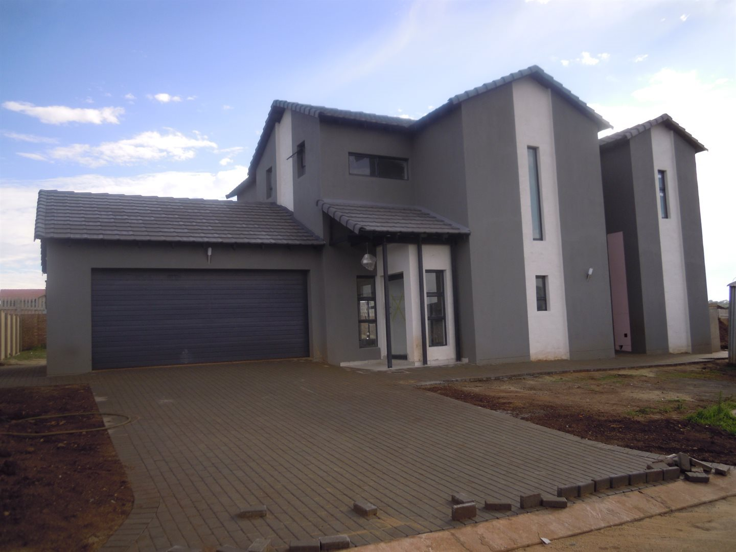 Centurion, Midstream Meadows Property    Houses For Sale Midstream Meadows, Midstream Meadows, House 4 bedrooms property for sale Price:3,138,000