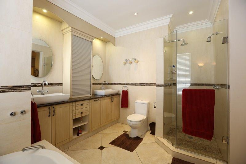 Midstream Estate property for sale. Ref No: 13254174. Picture no 27