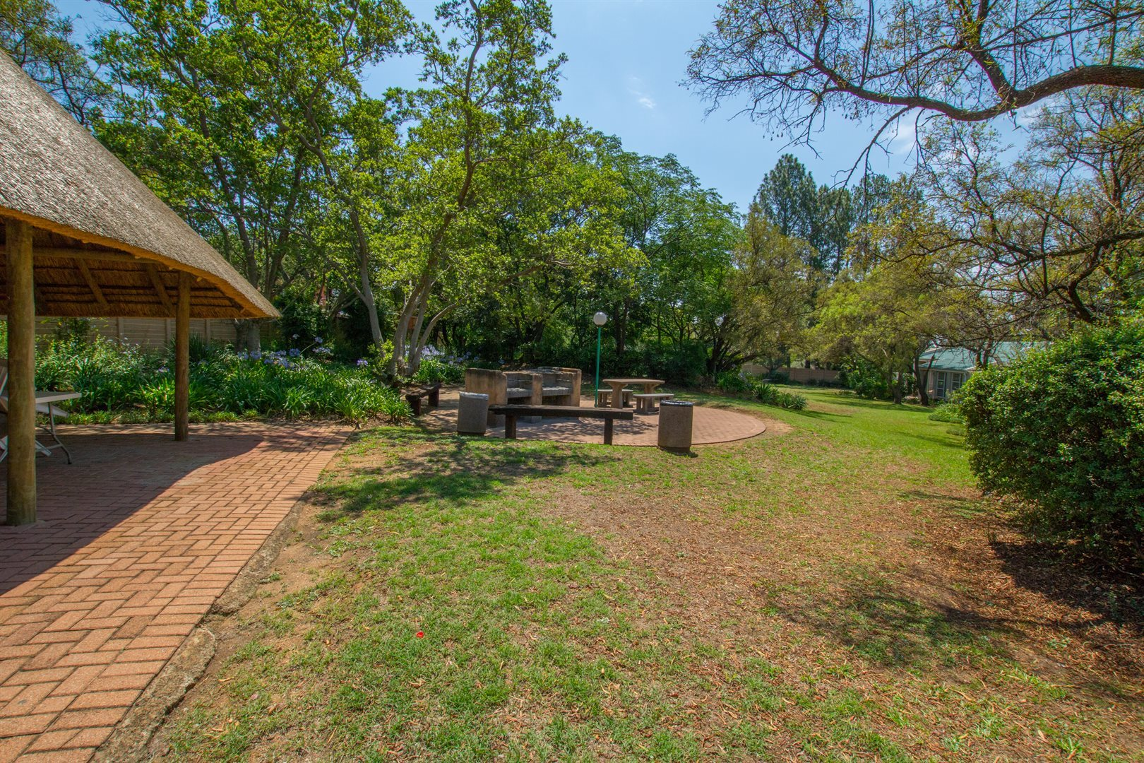 Lonehill property for sale. Ref No: 13566031. Picture no 16