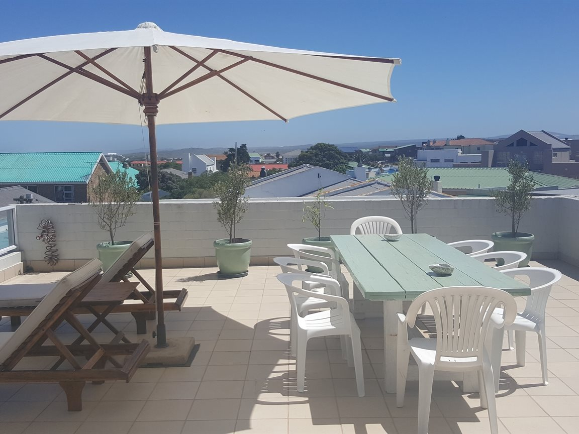 Yzerfontein property for sale. Ref No: 13425267. Picture no 12