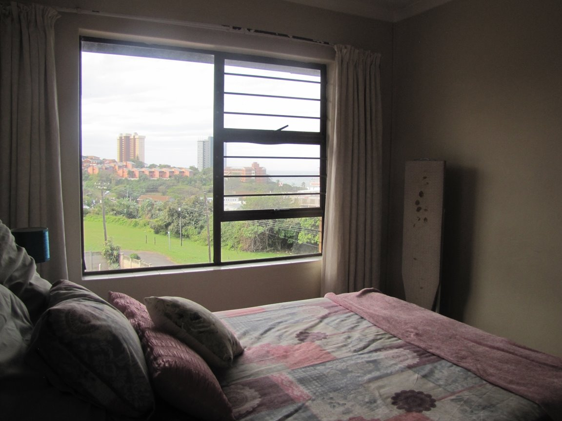 Amanzimtoti property for sale. Ref No: 13377010. Picture no 4