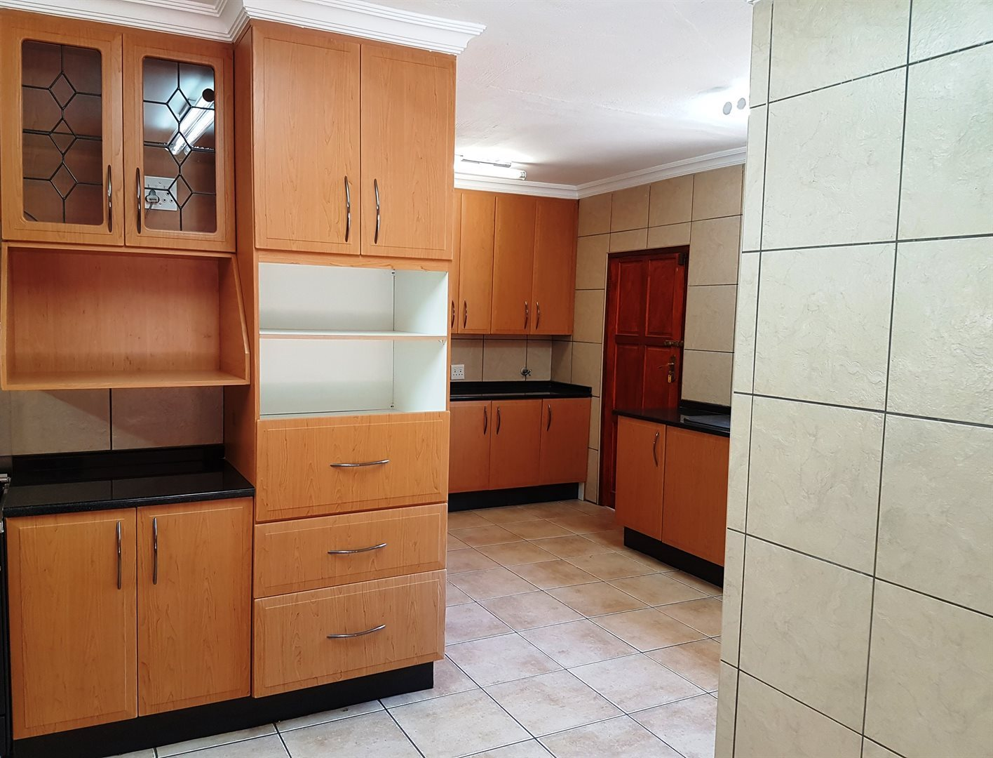 Irene property for sale. Ref No: 13551082. Picture no 11