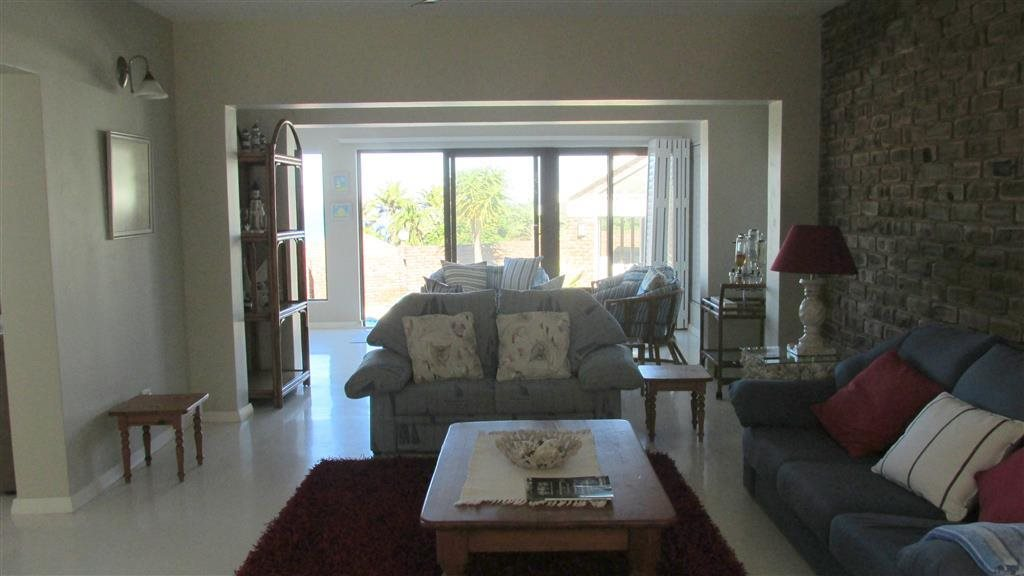 Southbroom property for sale. Ref No: 13278923. Picture no 8