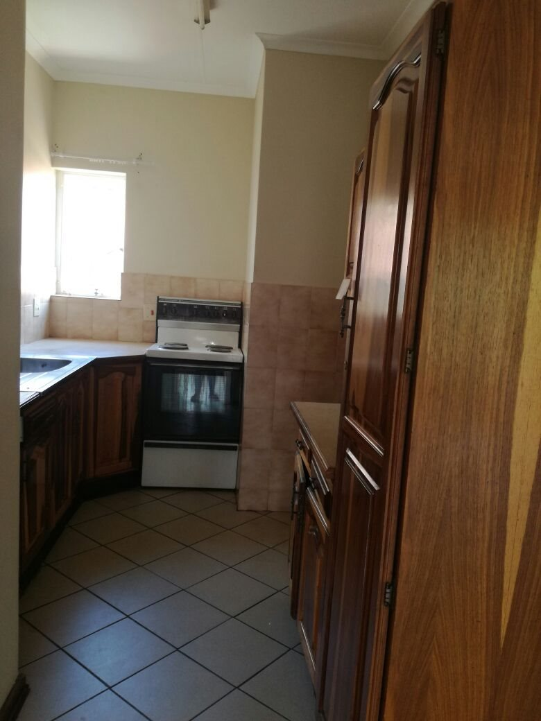 Zwartkop property for sale. Ref No: 13555163. Picture no 9