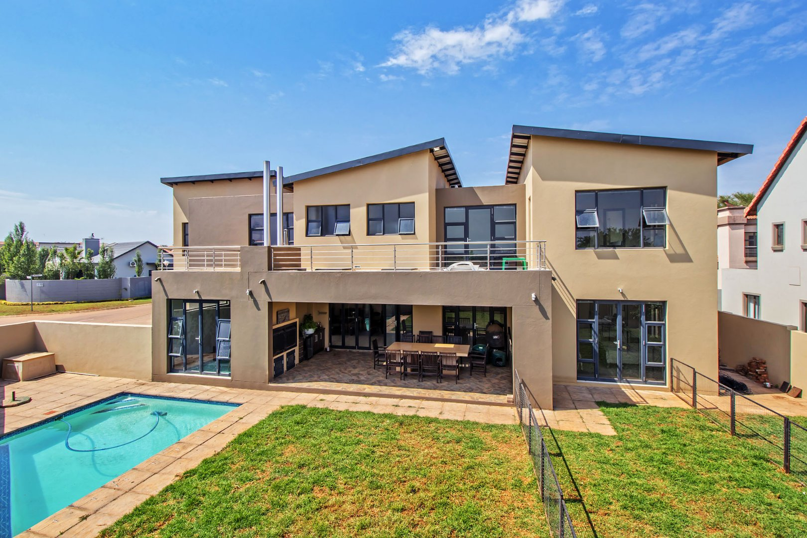 Property and Houses for sale in Hazeldean, House, 5 Bedrooms - ZAR 3,600,000