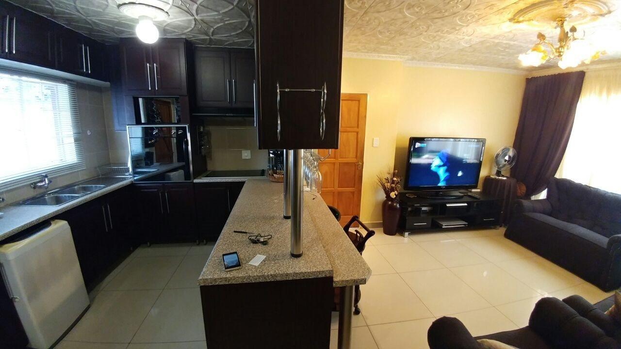 Rosslyn property for sale. Ref No: 13566713. Picture no 8