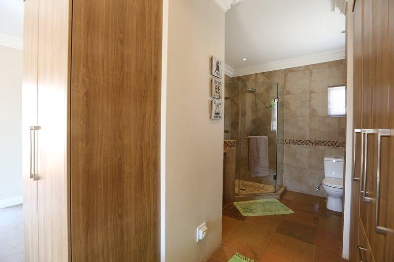 Midstream Estate property for sale. Ref No: 13254174. Picture no 20