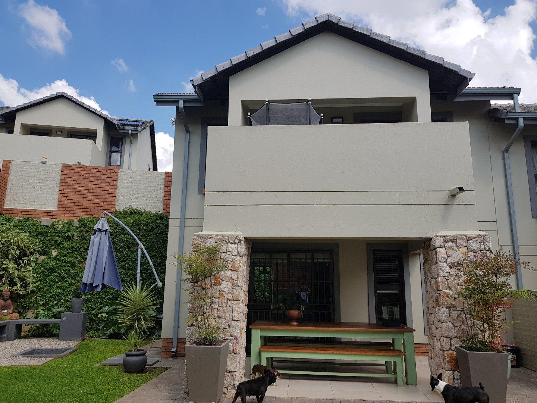 Midrand, Kyalami Property  | Houses For Sale Kyalami, Kyalami, Townhouse 3 bedrooms property for sale Price:2,390,000