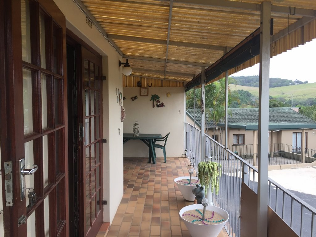 Hibberdene property for sale. Ref No: 13328721. Picture no 11