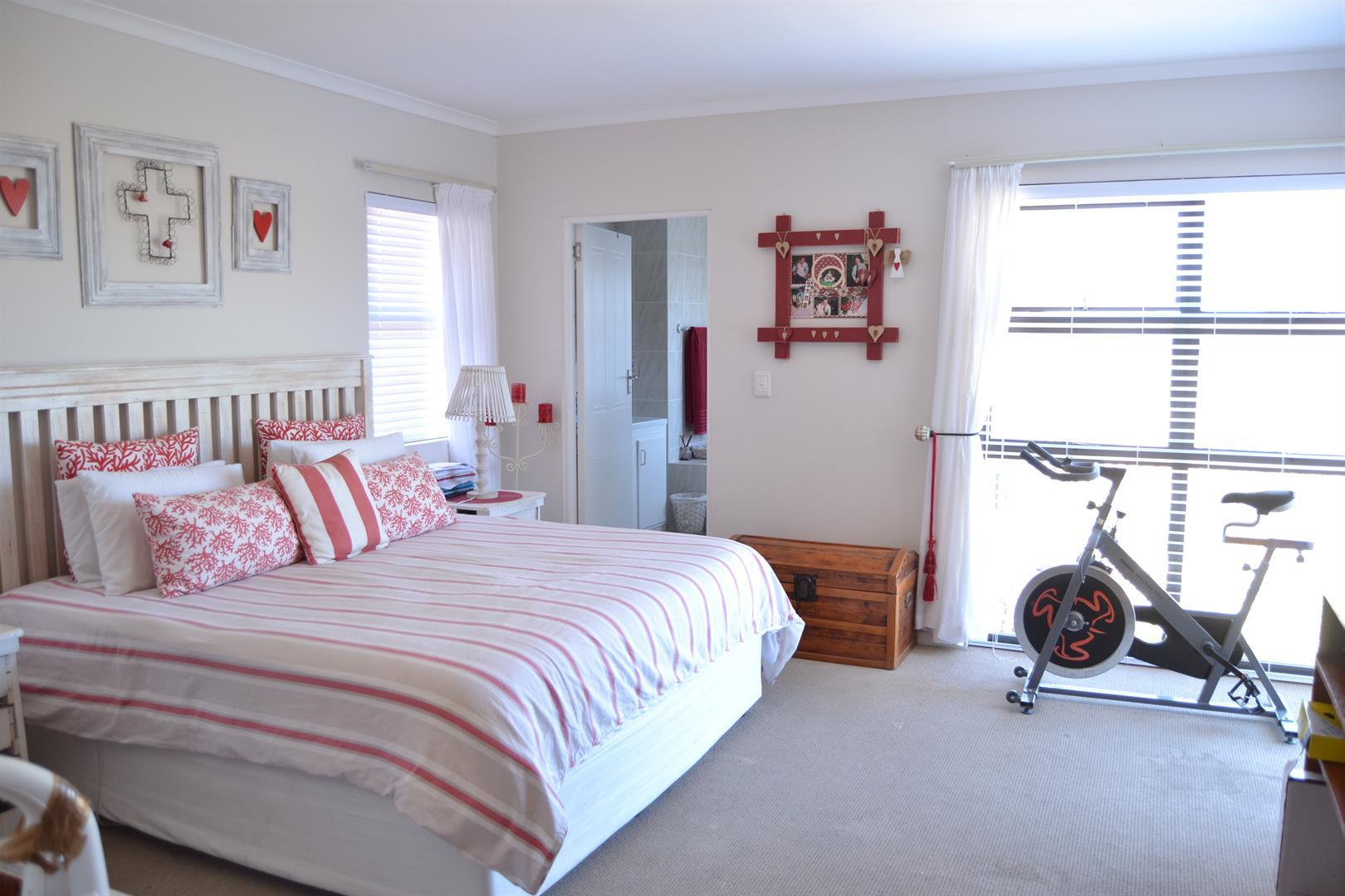 Langebaan Country Estate property for sale. Ref No: 13444933. Picture no 11