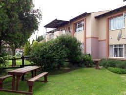 Property and Houses to rent in Van Der Hoff Park, Apartment, 2 Bedrooms - ZAR ,  5,20*,M