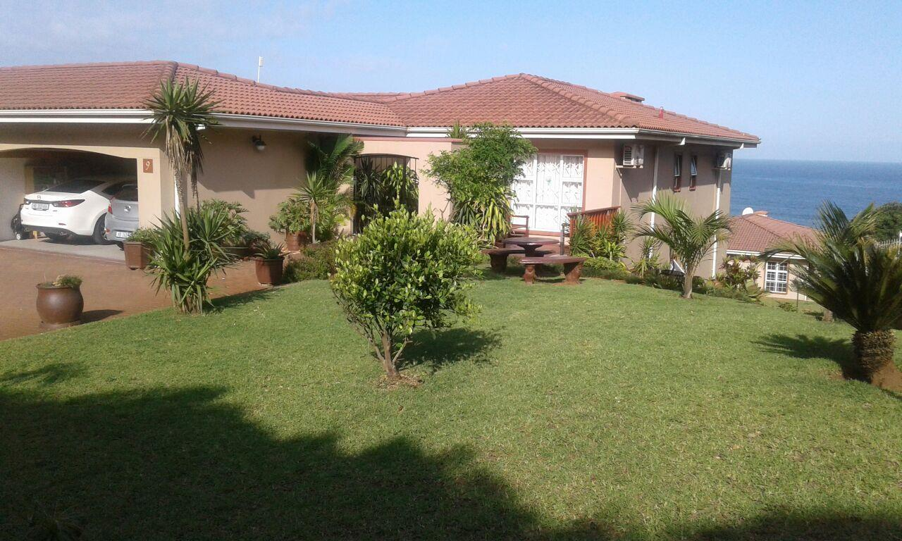 Kingsburgh, Winklespruit Property    Houses For Sale Winklespruit, Winklespruit, Townhouse 3 bedrooms property for sale Price:2,250,000