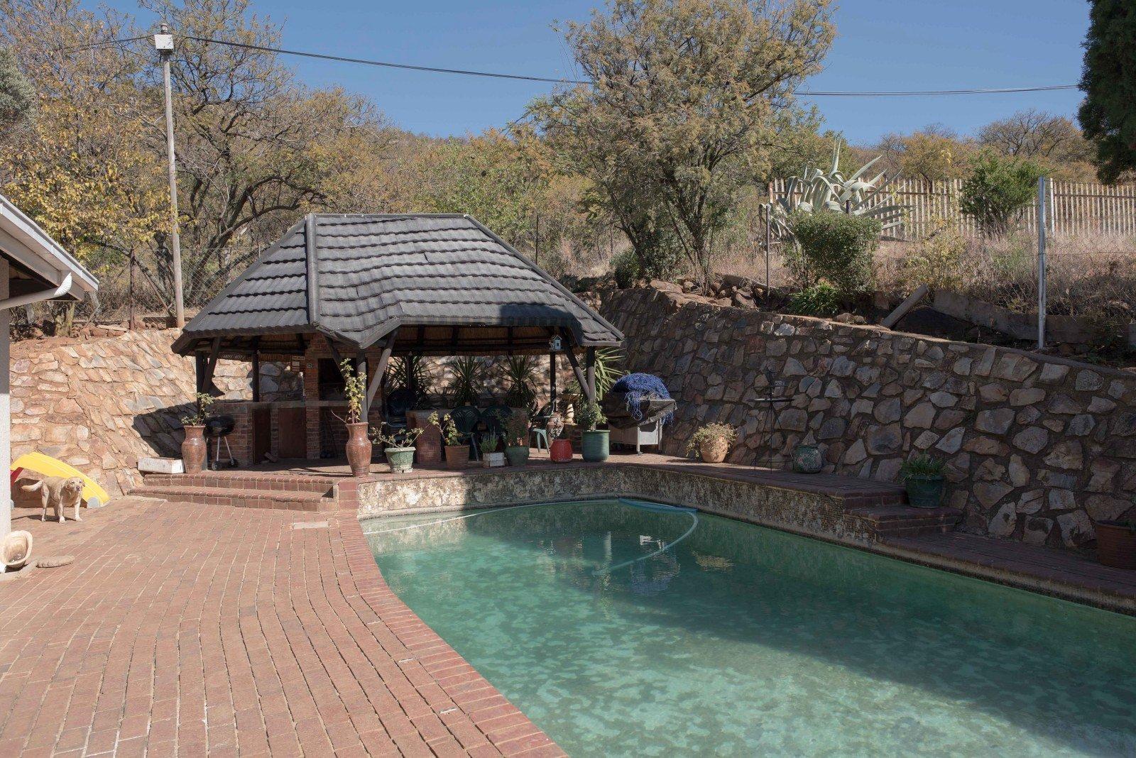 Kibler Park property for sale. Ref No: 13640953. Picture no 22