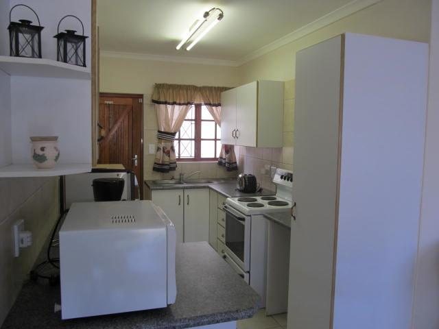 Shelly Beach property for sale. Ref No: 12737178. Picture no 4