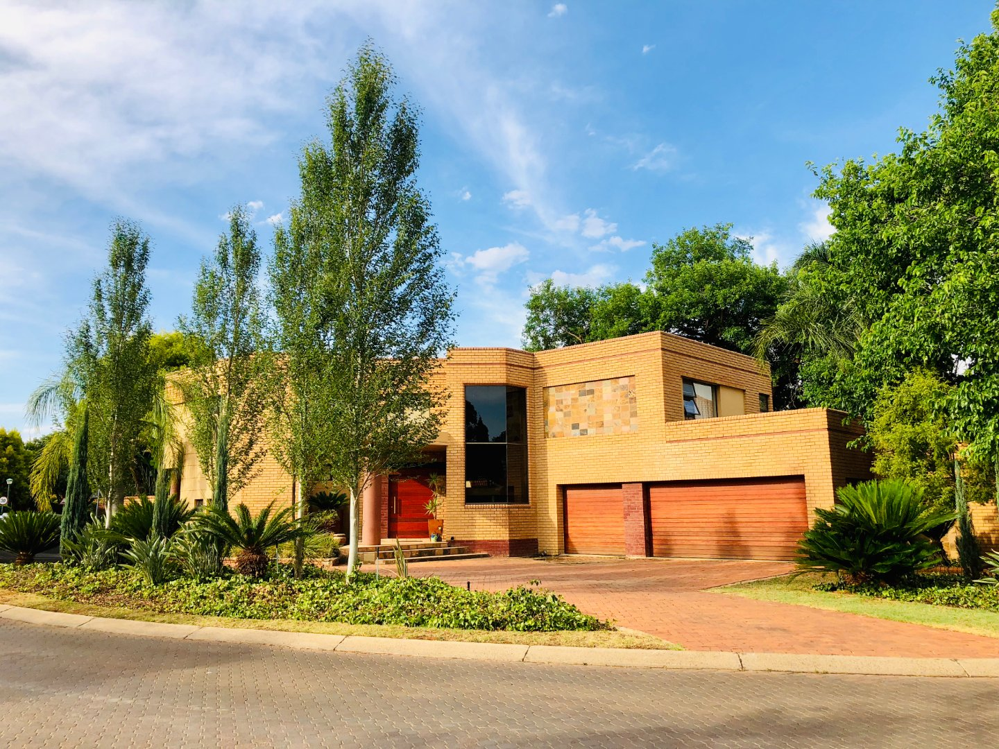 Property and Houses for sale in Centurion Golf Estate, House, 5 Bedrooms - ZAR 4,500,000