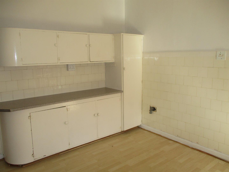 Property for Sale by DLC INC. ATTORNEYS Ernest De La Querra, Apartment, 1 Bedrooms - ZAR 430,000