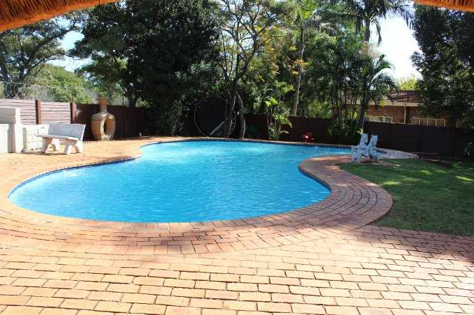 Theresapark property for sale. Ref No: 13568221. Picture no 3