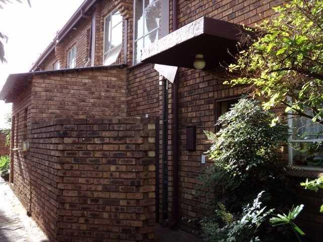 Dorandia property for sale. Ref No: 13567184. Picture no 4