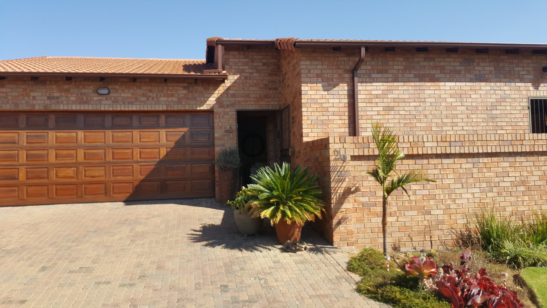 Roodepoort, Honeydew Manor Property  | Houses For Sale Honeydew Manor, Honeydew Manor, House 3 bedrooms property for sale Price:1,795,000
