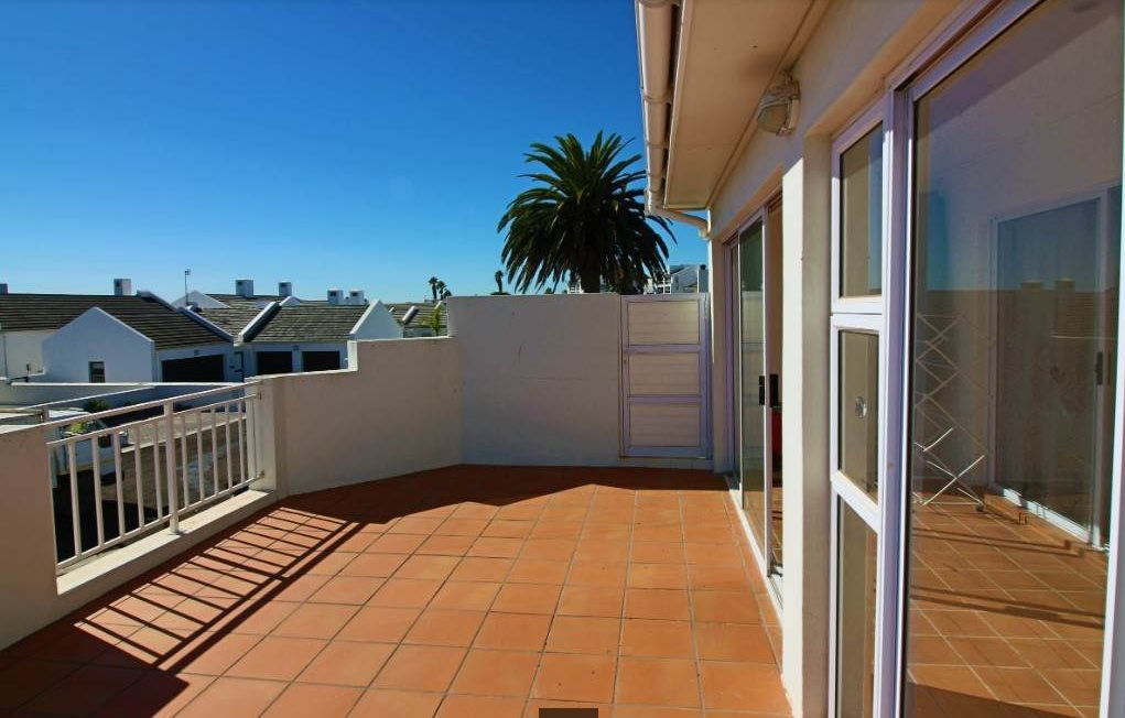 Shelley Point property for sale. Ref No: 13476291. Picture no 14