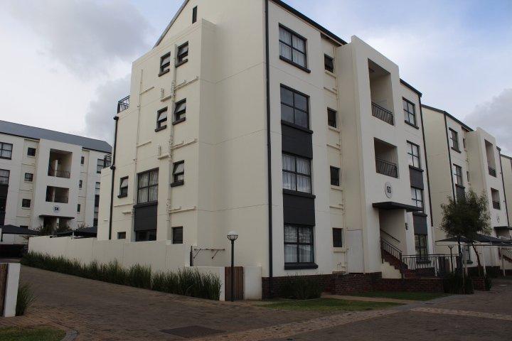 Greenstone Hill, Greenstone Ridge Property  | Houses To Rent Greenstone Ridge, Greenstone Ridge, Apartment 3 bedrooms property to rent Price:, 10,00*