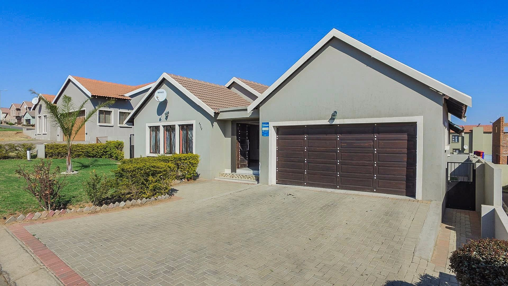 Centurion summerfields estate property houses for sale for Centurion homes