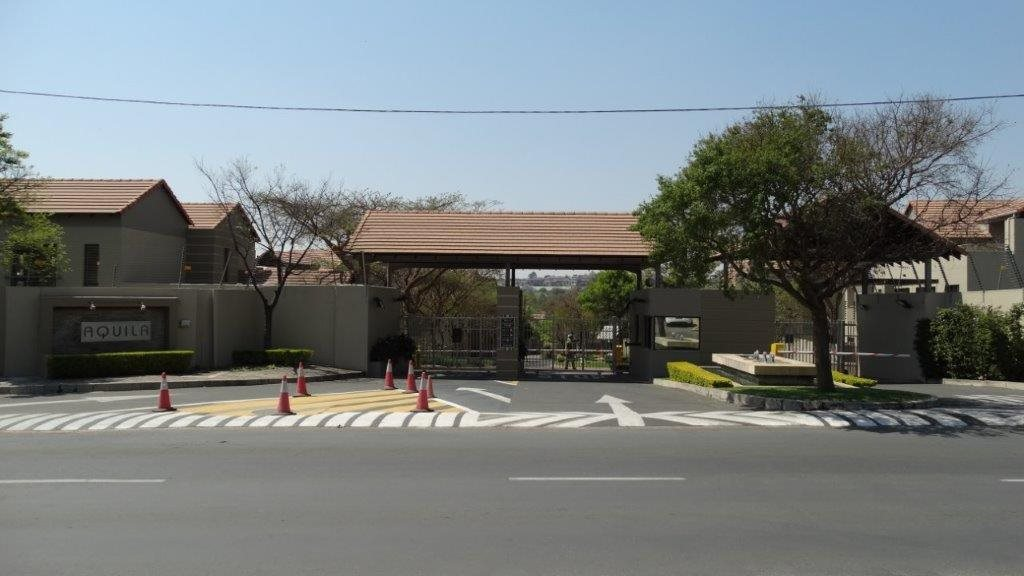 Fourways property to rent. Ref No: 13533114. Picture no 17