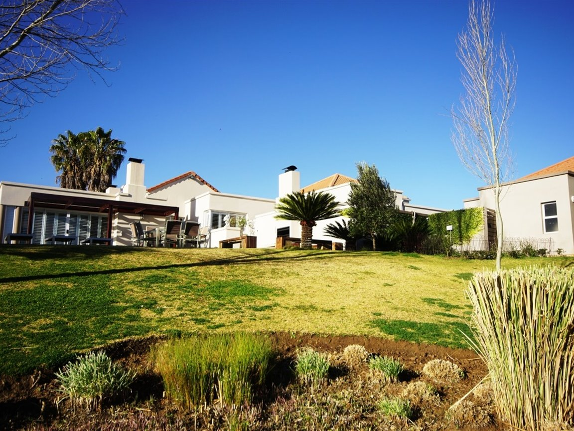 Three Rivers East property for sale. Ref No: 13378538. Picture no 4