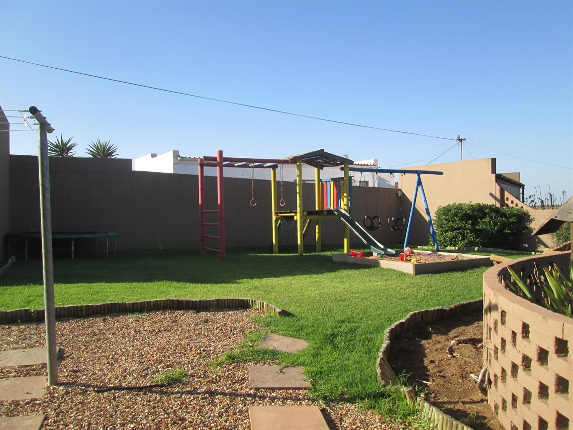 Vredenburg Central property for sale. Ref No: 13424171. Picture no 3
