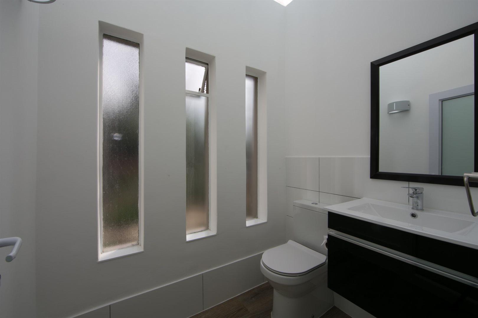 Fourways property to rent. Ref No: 13541041. Picture no 18
