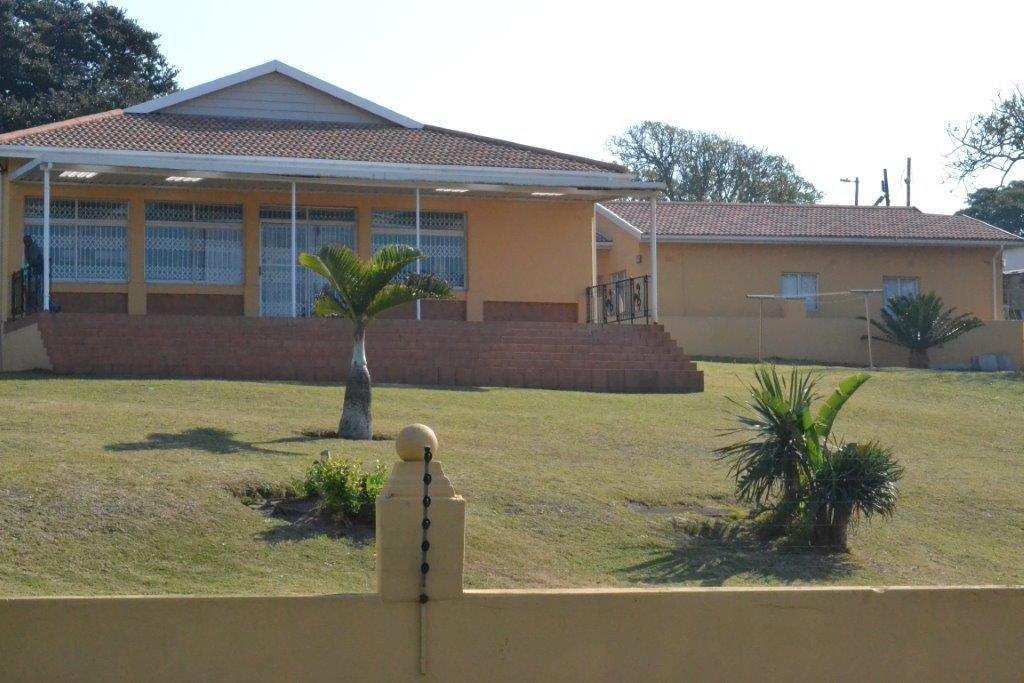, House, 5 Bedrooms - ZAR 3,245,000
