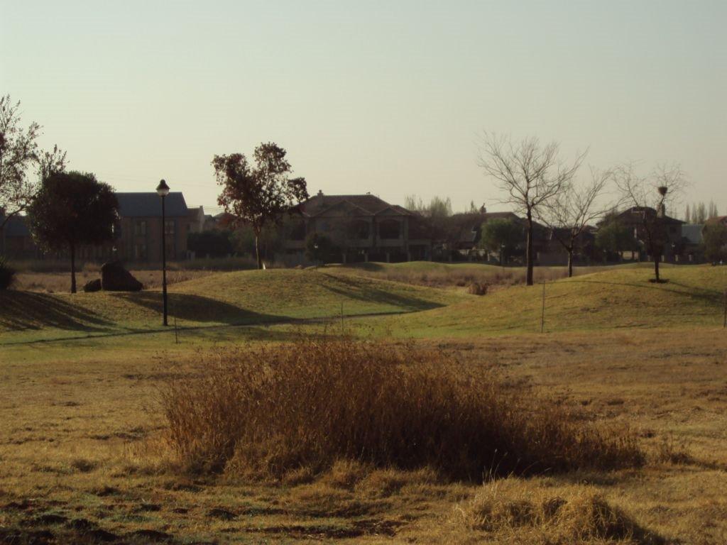 Midstream Ridge Estate property for sale. Ref No: 13401388. Picture no 11