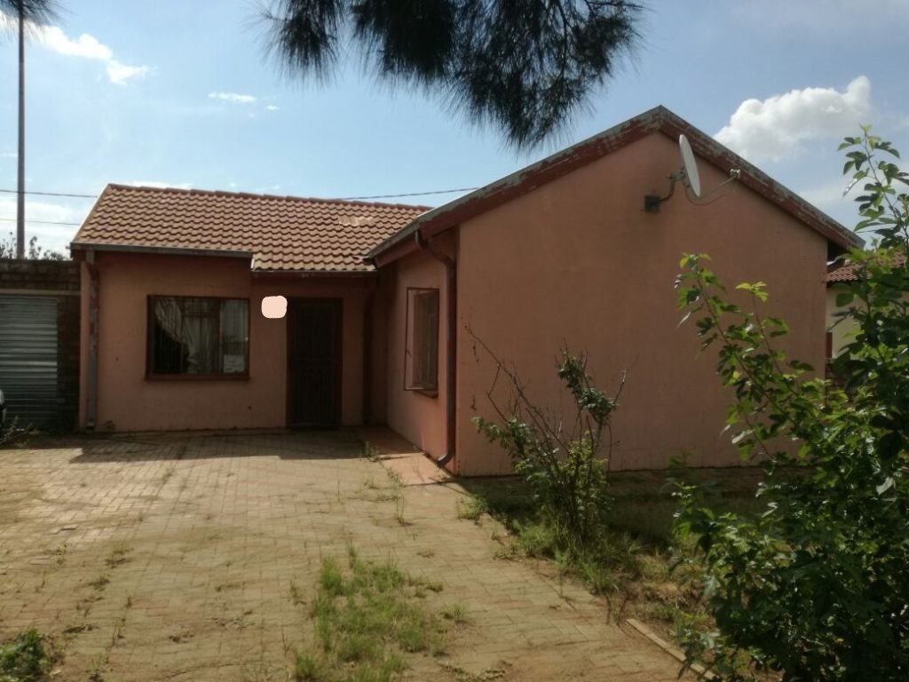 Property and Houses for sale in Gauteng - Page 1631, House, 2 Bedrooms - ZAR 396,000