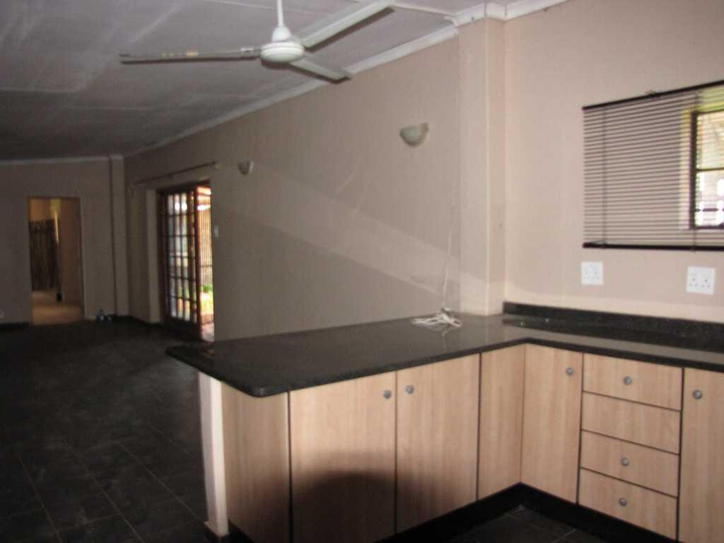 Rayton property for sale. Ref No: 13515969. Picture no 10
