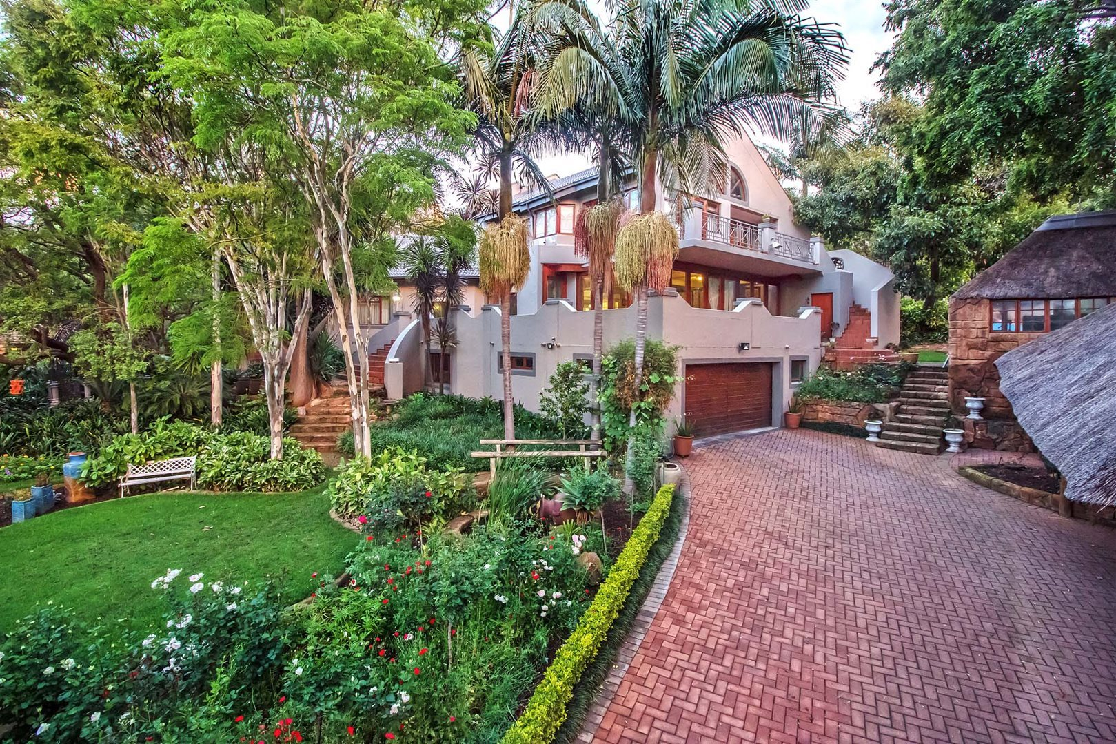 Property and Houses for sale in Menlo Park, House, 4 Bedrooms - ZAR 4,350,000