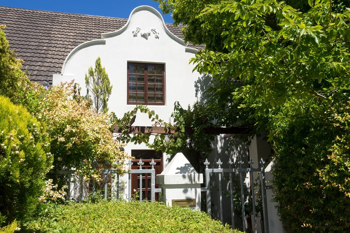 Franschhoek property for sale. Ref No: 12777541. Picture no 1