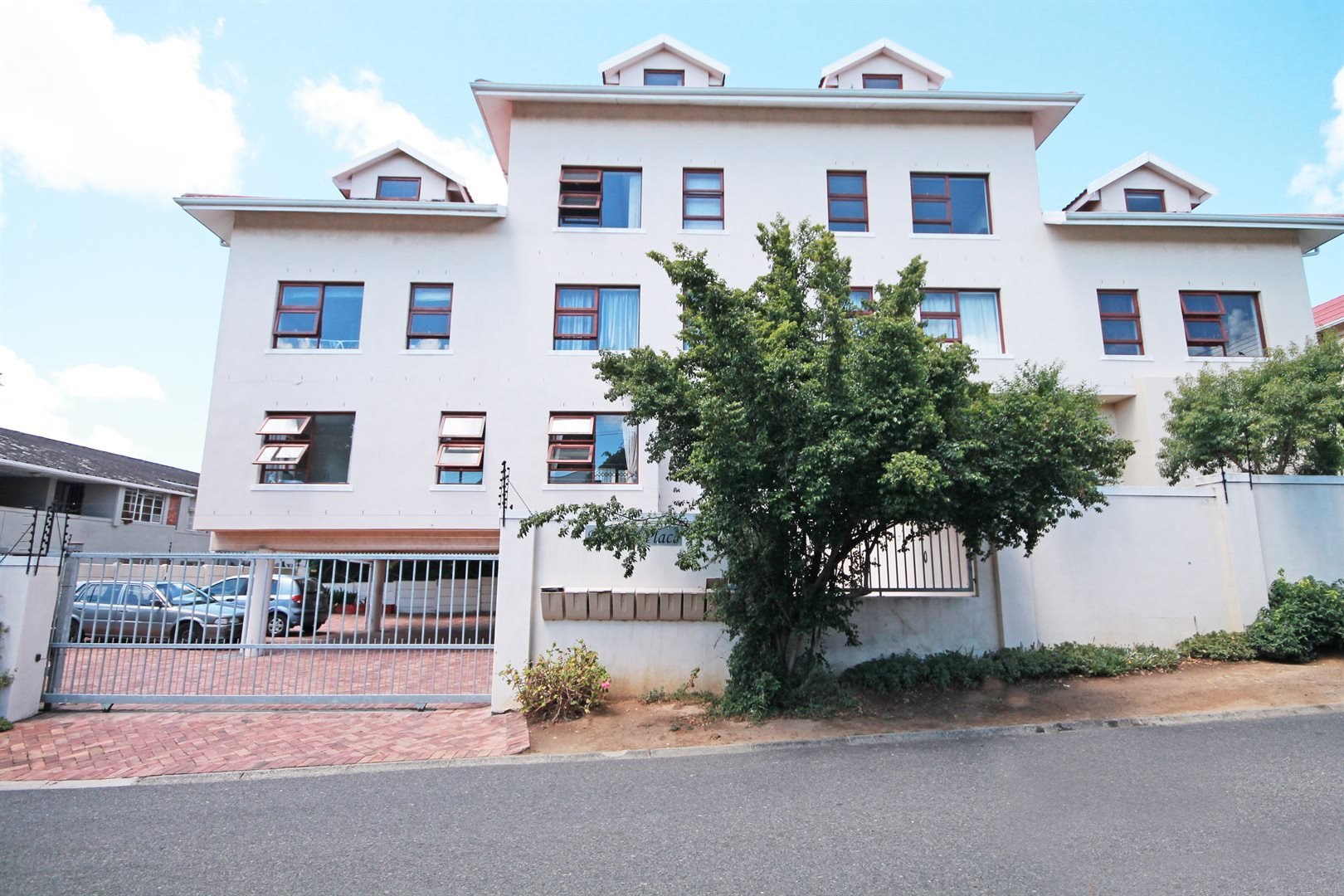 Cape Town, Mowbray Property  | Houses For Sale Mowbray, Mowbray, Apartment 2 bedrooms property for sale Price:1,495,000