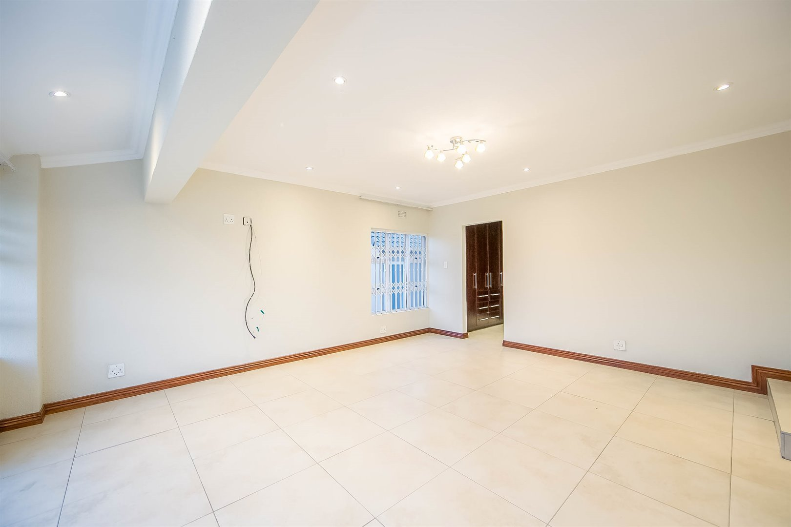 Lonehill property for sale. Ref No: 13510684. Picture no 21