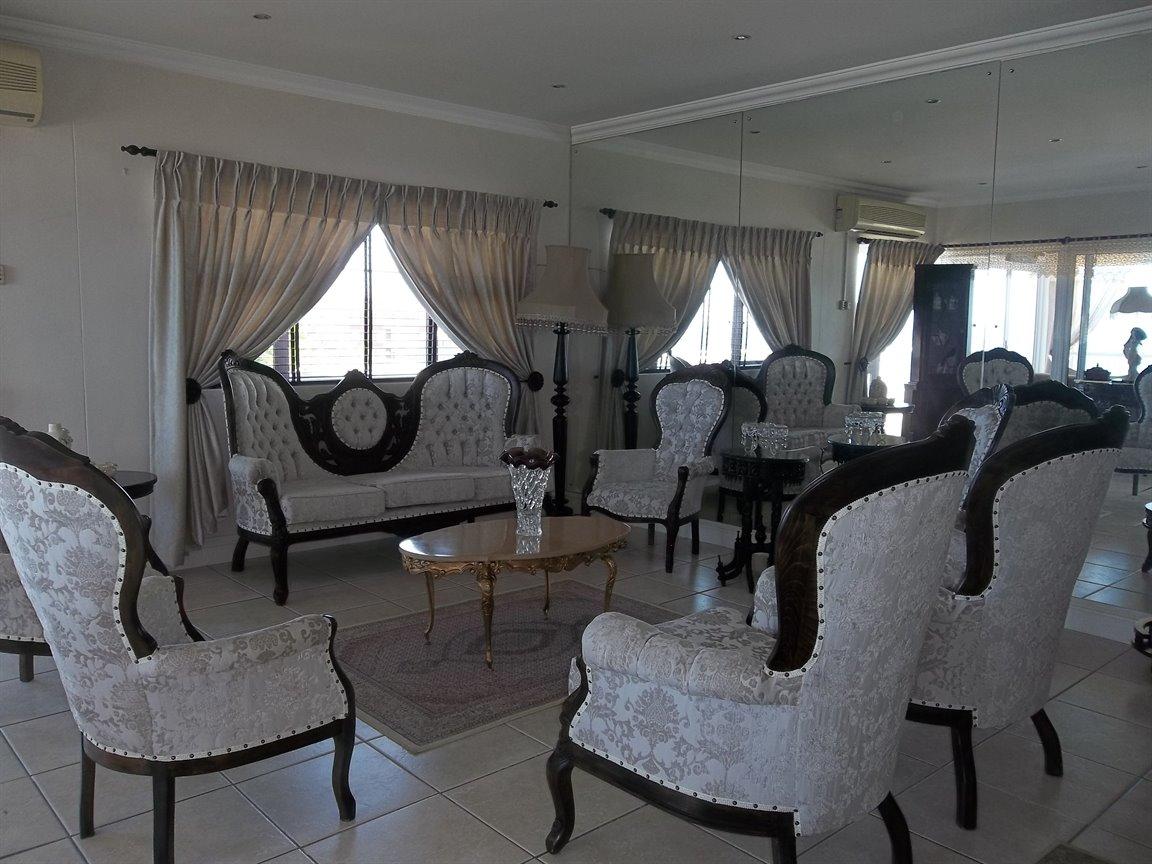 Amanzimtoti property for sale. Ref No: 13400263. Picture no 3