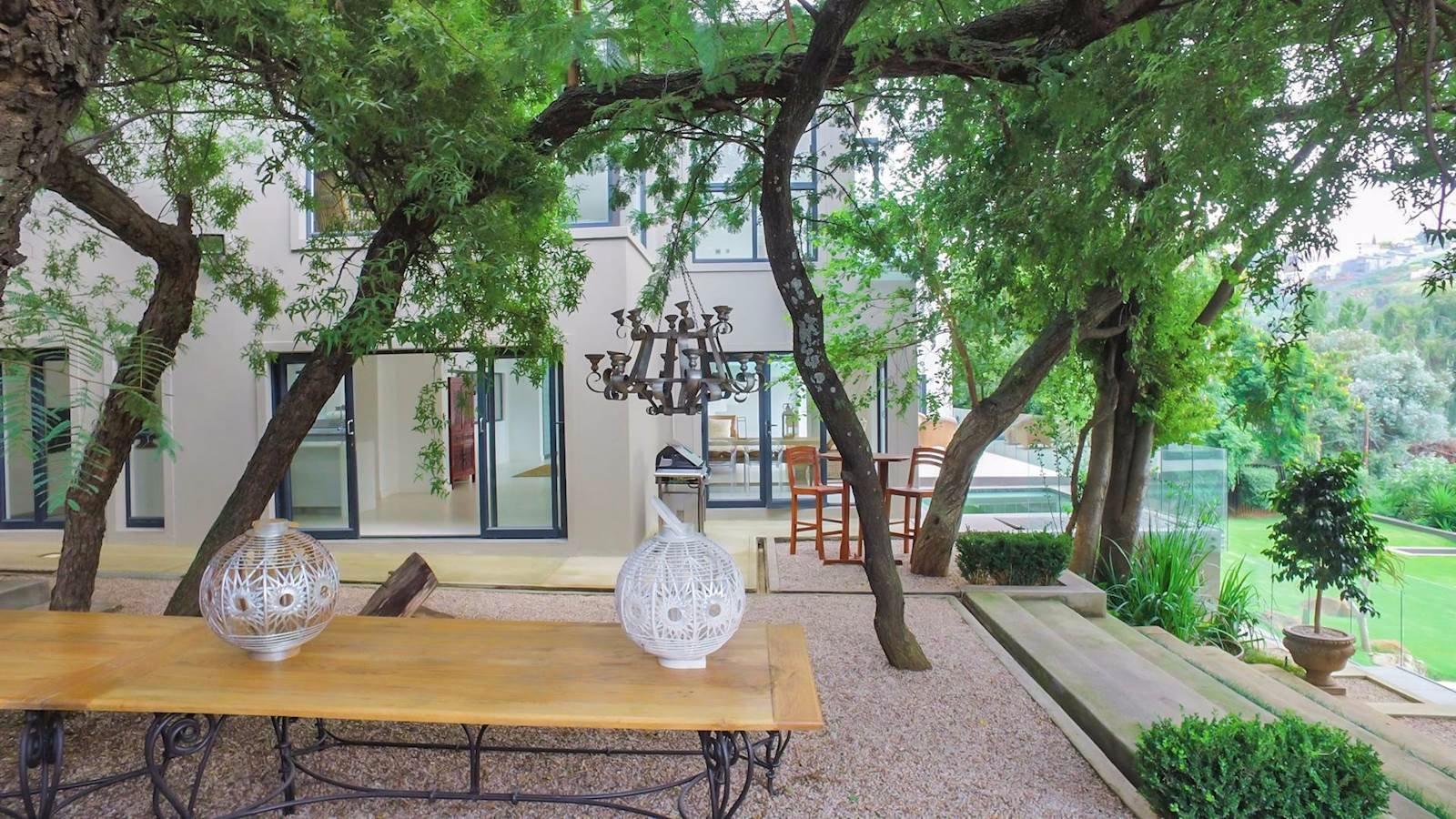 Glenvista property for sale. Ref No: 13524841. Picture no 22
