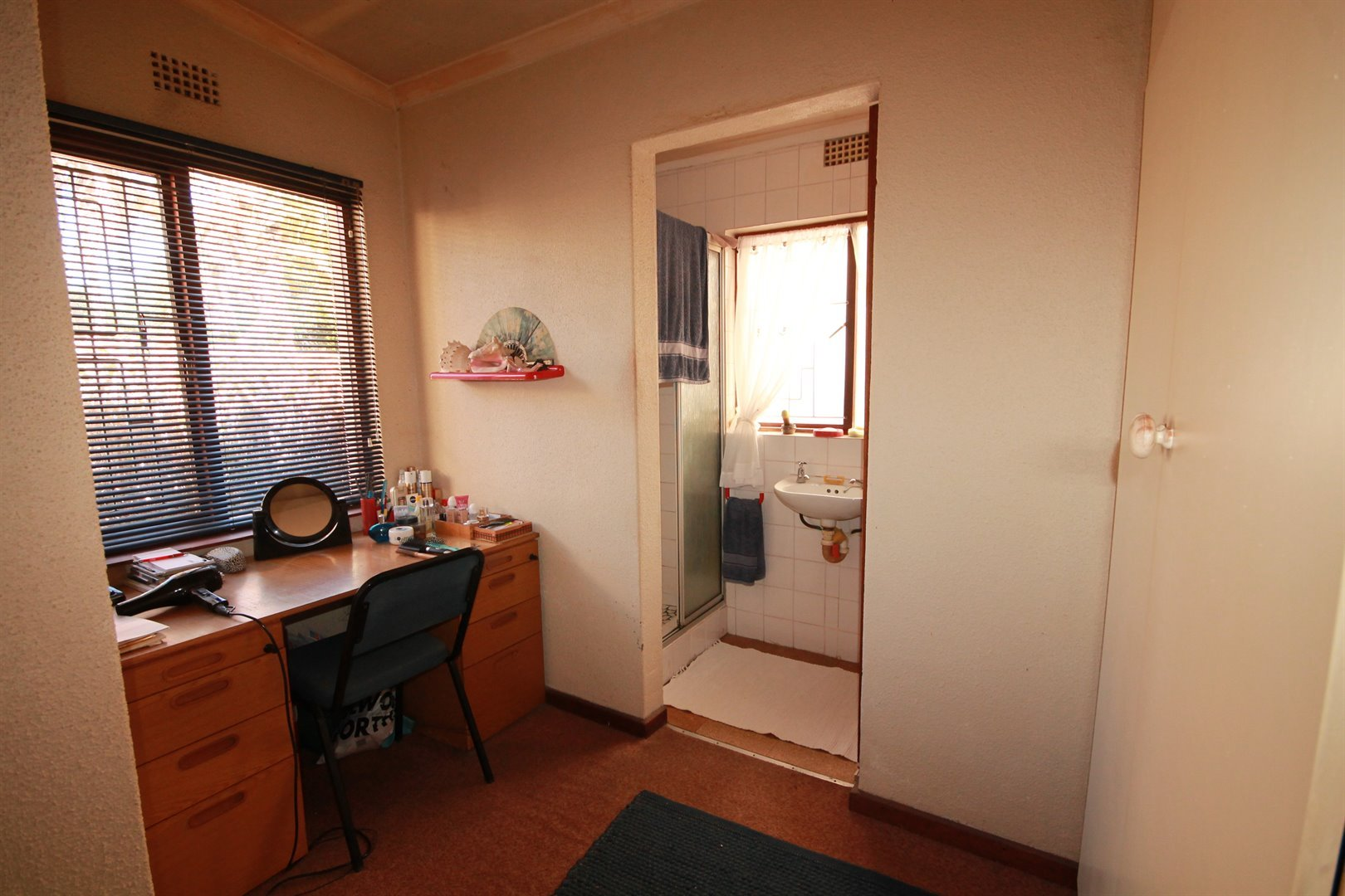 Pinelands property for sale. Ref No: 13463493. Picture no 17