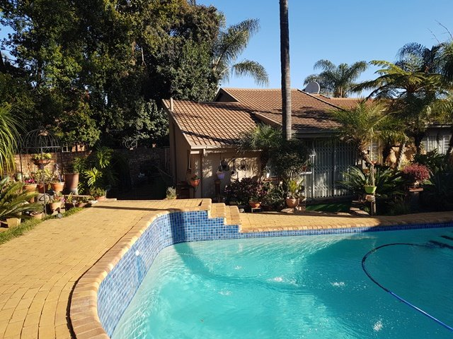 Pretoria, Elarduspark Property  | Houses For Sale Elarduspark, Elarduspark, House 5 bedrooms property for sale Price:2,600,000