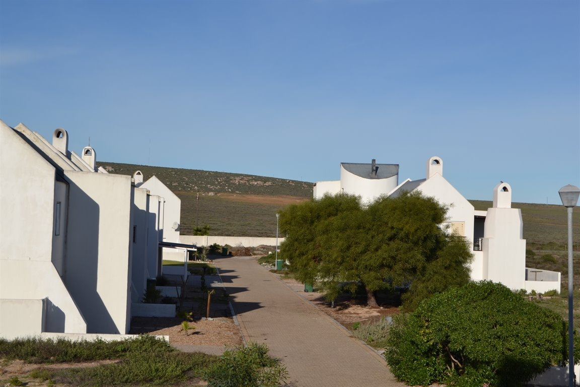 Lampiesbaai property for sale. Ref No: 13390055. Picture no 20