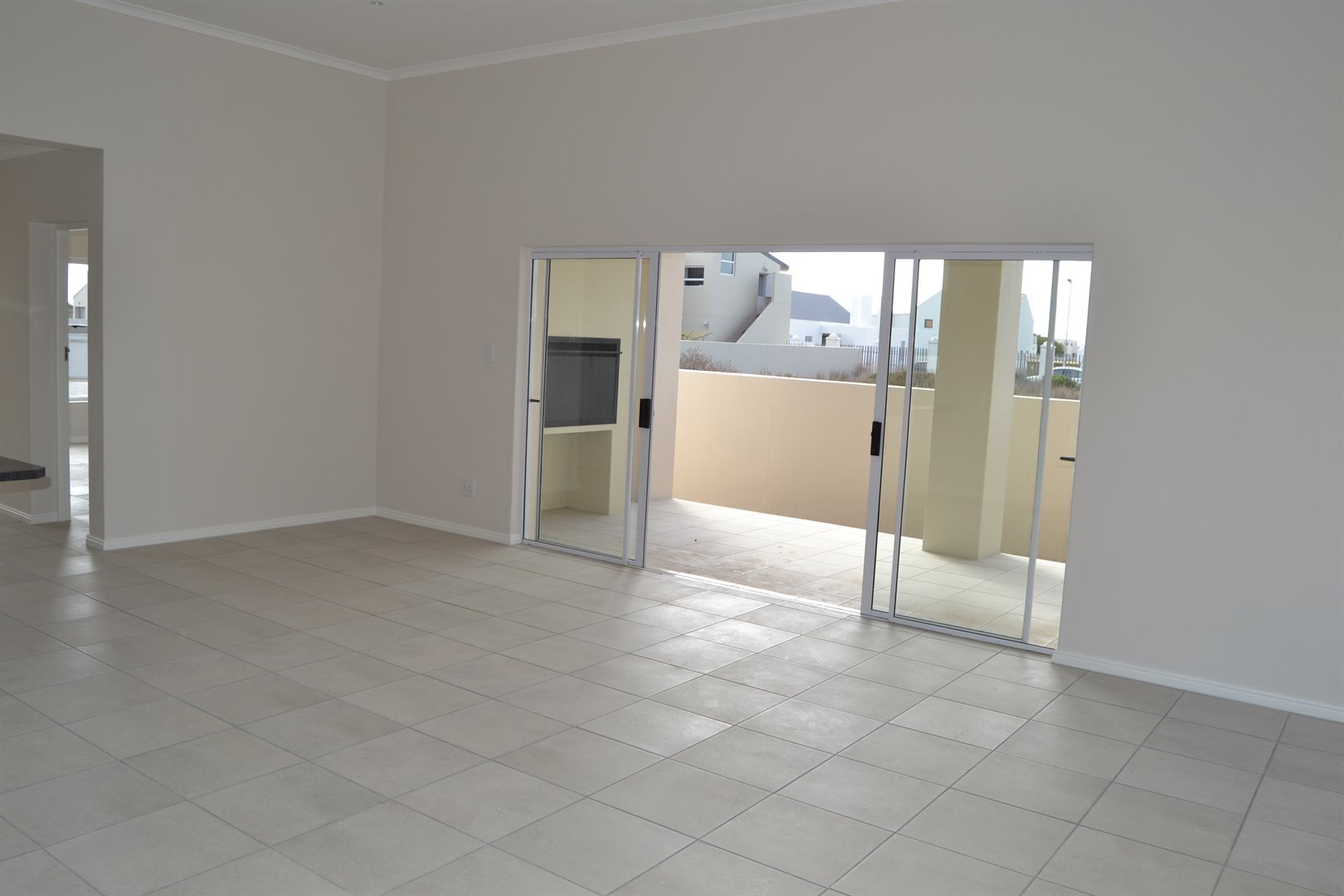 Sunset Estate property for sale. Ref No: 13465474. Picture no 5